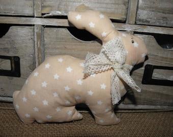 Doudou lapin en tissu avec des étoiles pour les bébés et les enfants