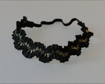 Headband/evening/wedding headband for women in black and gold elastic pleated tulle at the back