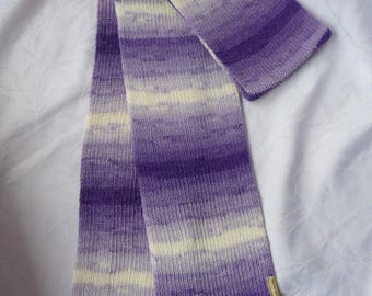 knitted scarf, ecru, understated purple mauve shades