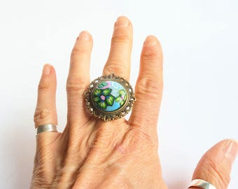 Retro style to polymer clay cabochon ring