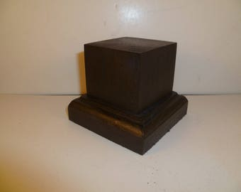 Made with beech and oak schc16 for figurines square wood base