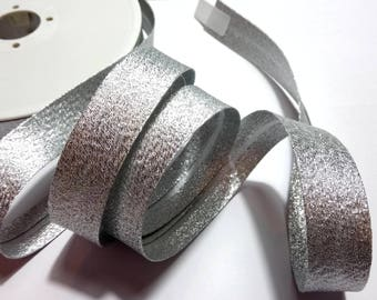 Shiny sparkly silver lamé bias sold by 50 cm width 2 cm