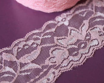 Pretty pink lace flower motifs and large