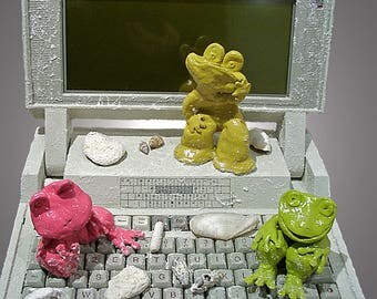 """The computer as a work of art: """"Frog Computer Club"""""""
