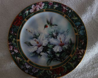 Ruby Throated Hummingbird Plate by Lena Liu first issue