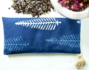 Aromatherapy Eye Pillow Indian Indigo Mudcloth Leaf Block Print Dried Lavender Chamomile Savasana Yoga Eye Pillow Spa Pillow Travel Pillow