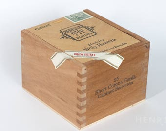 Empty Wooden Dovetail Sliding Cigar Box - Herrera Esteli - Nicaragua - great for making a purse