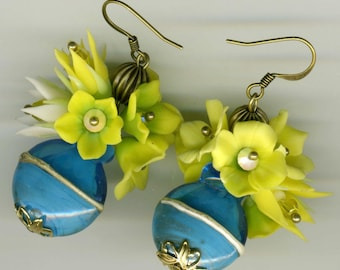 "-30% dangle earrings are handmade BRONZE ""Lili bouquets"" - could"