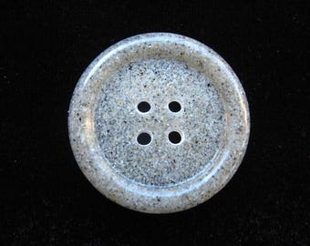 """""""Memories of summer"""" button in 30 mm resin sand"""