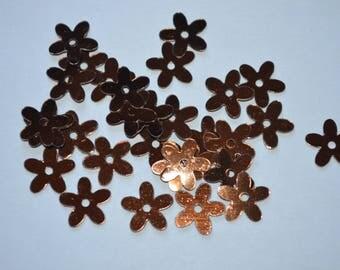 Plastic sequins, Brown iridescent flower