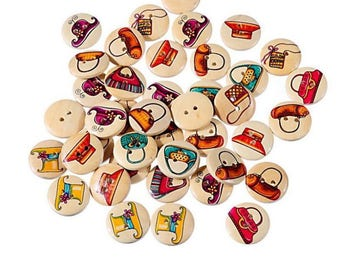 Set of 10 buttons wooden bag and hat