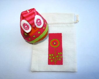 OWL pouch, 1 strand of colorful poetry