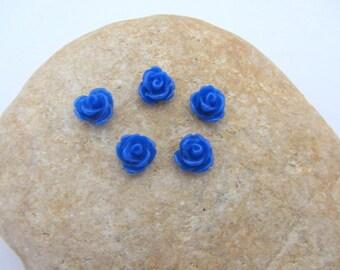 Lot de 5 demi perles, cabochon fleur en résine à coller couleur bleu