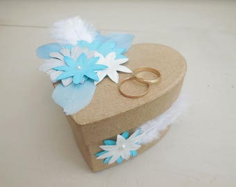 Bohemian style wedding ring holder