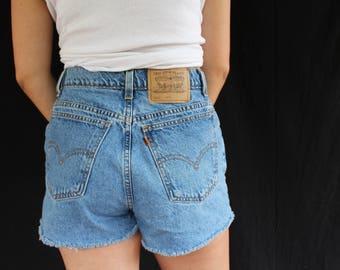 orange tab levi shorts (30)