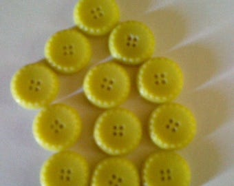 Buttons round fancy yellow