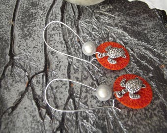 Earrings sleepers silver, sequin with red/orange Sun, silver turtle charm and Ivory Pearl stylized motifs