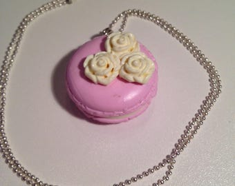 """""""Light pink macaroon"""" fimo necklace"""