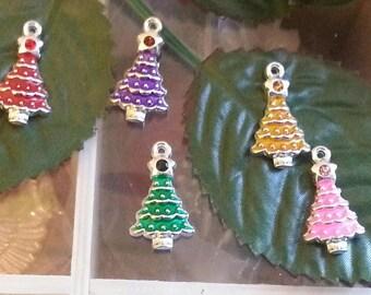 5 enameled alloy pendants Christmas tree pendants, limevert red 21 x 12 x 4 mm