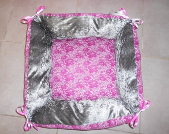 basket, sleeping dog or cat 55 x 55 cm panne velvet and lace