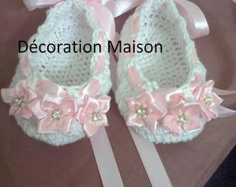 trend was crochet baby shoes