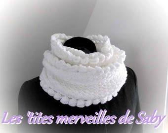 snood doubled sparkling white edging