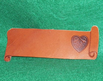 Bookmark leather, customizable with your name, heart