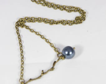 Beautiful bronze Pearl branch blue fruit pendant necklace