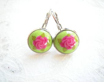 Its leaves and pink earrings sleepers