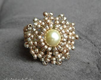 Round beige Pearl Pearly cabochon ring