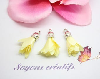 10 pom poms - 30mm - Polyester - yellow silver charms