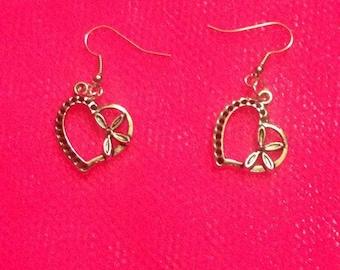 Earrings dangle silver heart knot