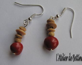 Earrings made of wooden beads