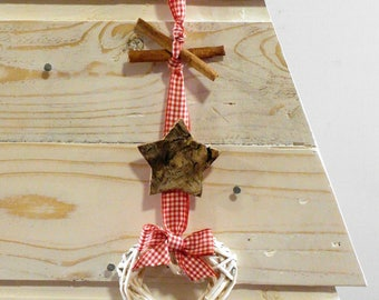 Christmas decoration with natural elements