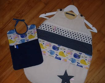 """Sleeping bag Collection""""unique"""" range - 0-6 months (65 cm) + 1 reversible baby bib with - walk on the beach"""