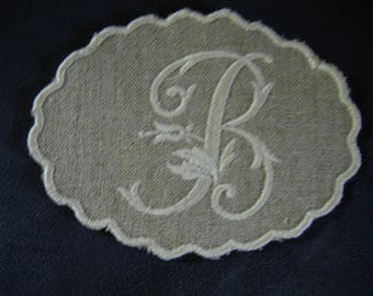 Coat with embroidered Monogram white linen