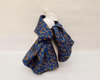 """Silk scarf """"Parakeet"""""""