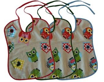 Tre colorate bavettone handmade con ghufetti e casette