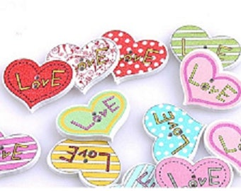 5 buttons heart scrapbooking