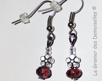 Pair of earrings dangling metal and purple Crystal flowers