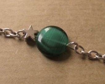 Large green bead & star chain bracelet