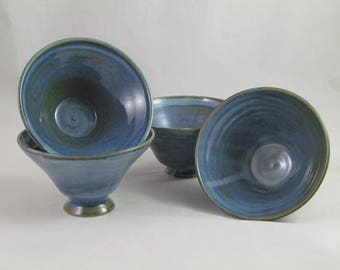 Footed enameled Blue high temperature baking cups