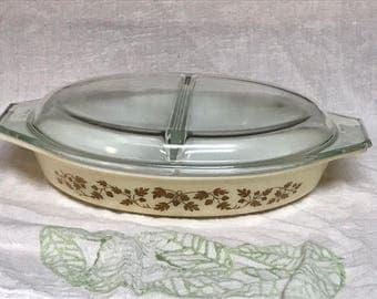 Vintage 1960s Gold Acorn Cinderella Oval Divided Casserole Dish w/ Lid #945-C 1 1/2 Qt.