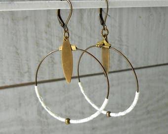 Creole bronze, matte/glossy off white miyuki beads