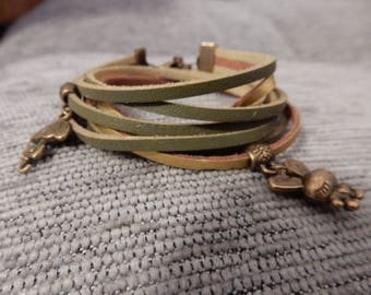 "Imitation leather bracelet ""Alice"" green and gold"