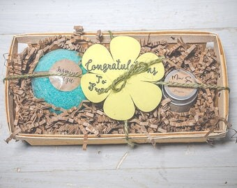 Spa gift set, congratulations gift set, congratulations gift, spa set box, spa gift, bath bomb set, naturual bath fizzies, natural gift set
