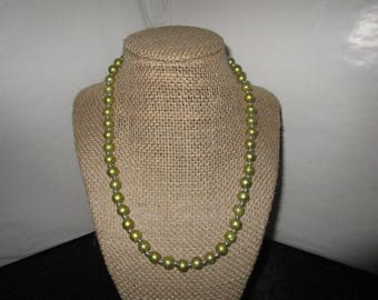 Green Frosted Beaded Necklace