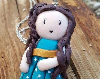 Girl Brown and blue necklace