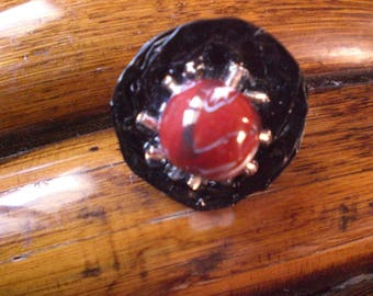 """Ring """"in red and black"""""""