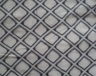 Grey and black plaid pattern grey polyester fabric
